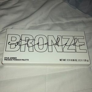 Kylie Cosmetics Makeup - Kylie Cosmetics Bronze Extended Palette
